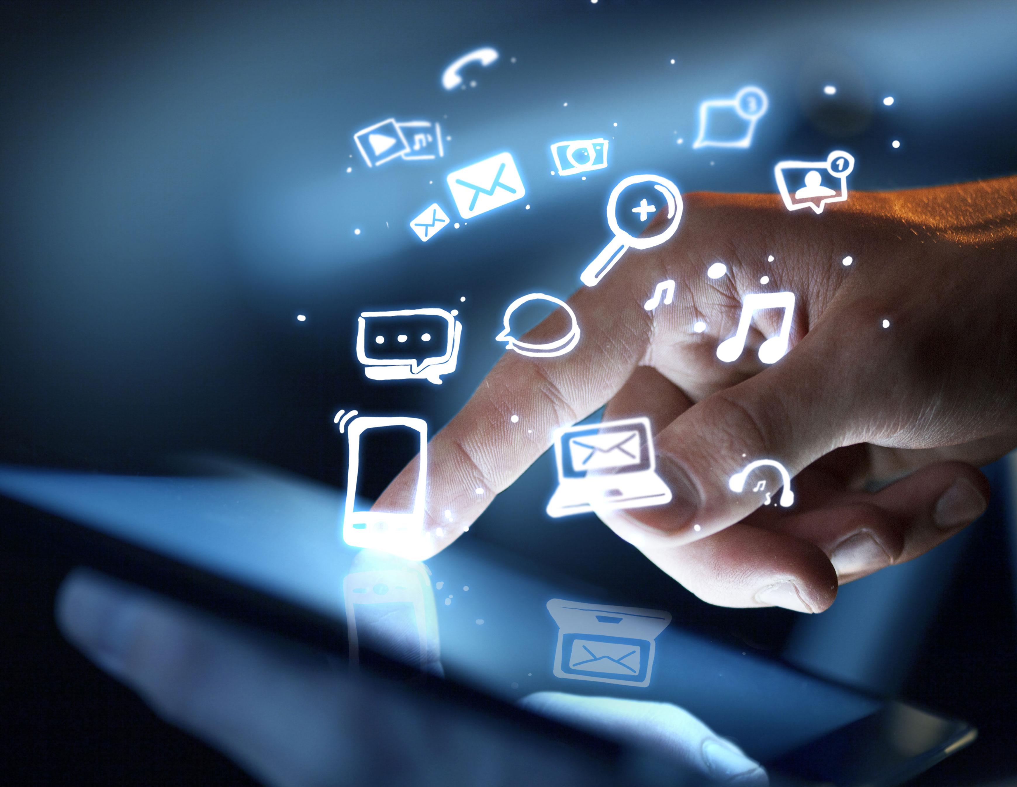 5 astuces pour booster votre communication grâce aux réseaux sociaux